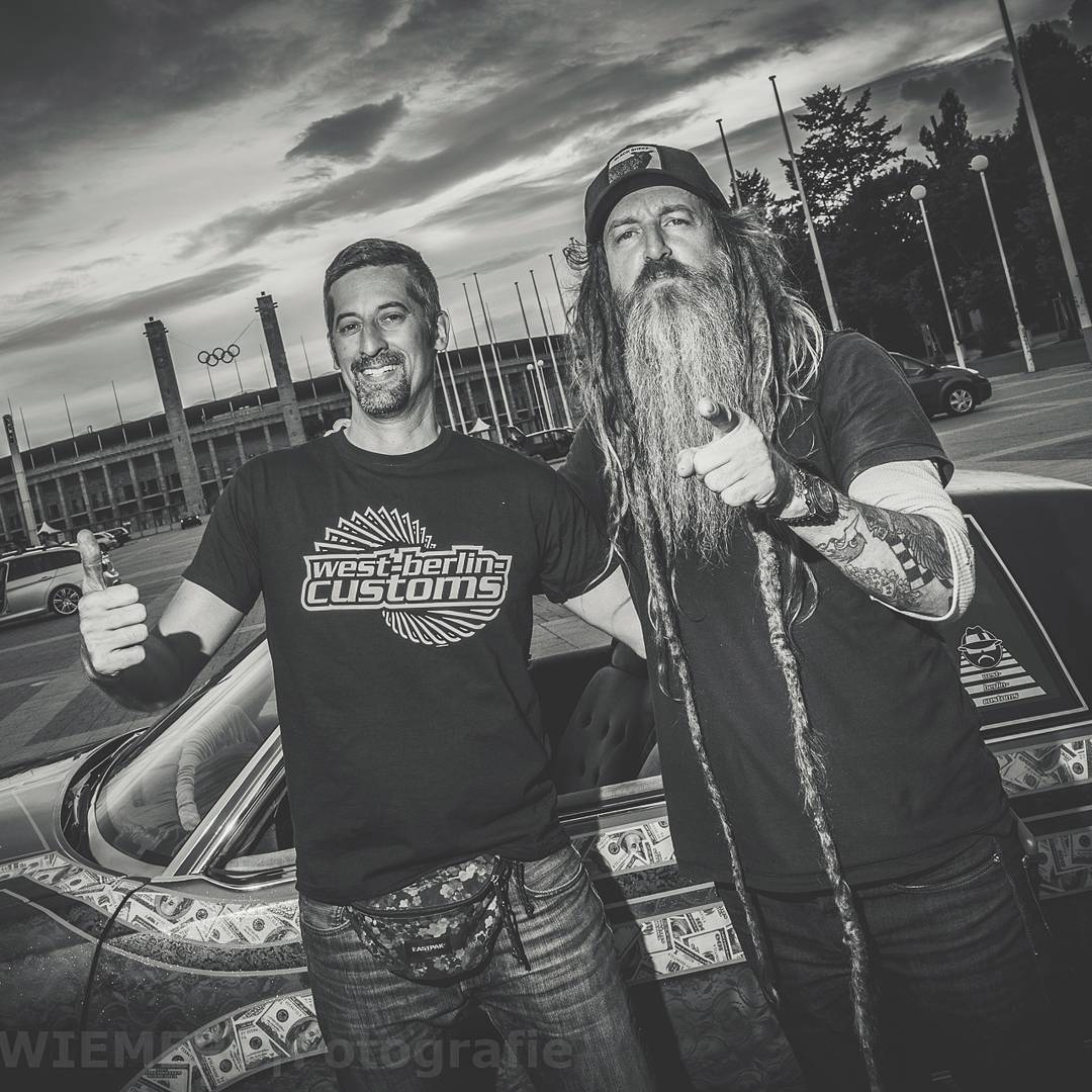 Let's start into 'famous with this picture when I met @magnuswalker at in. The professional photographer @wiemerwiemers took this awesome shot. Thanks a lot at both! ???