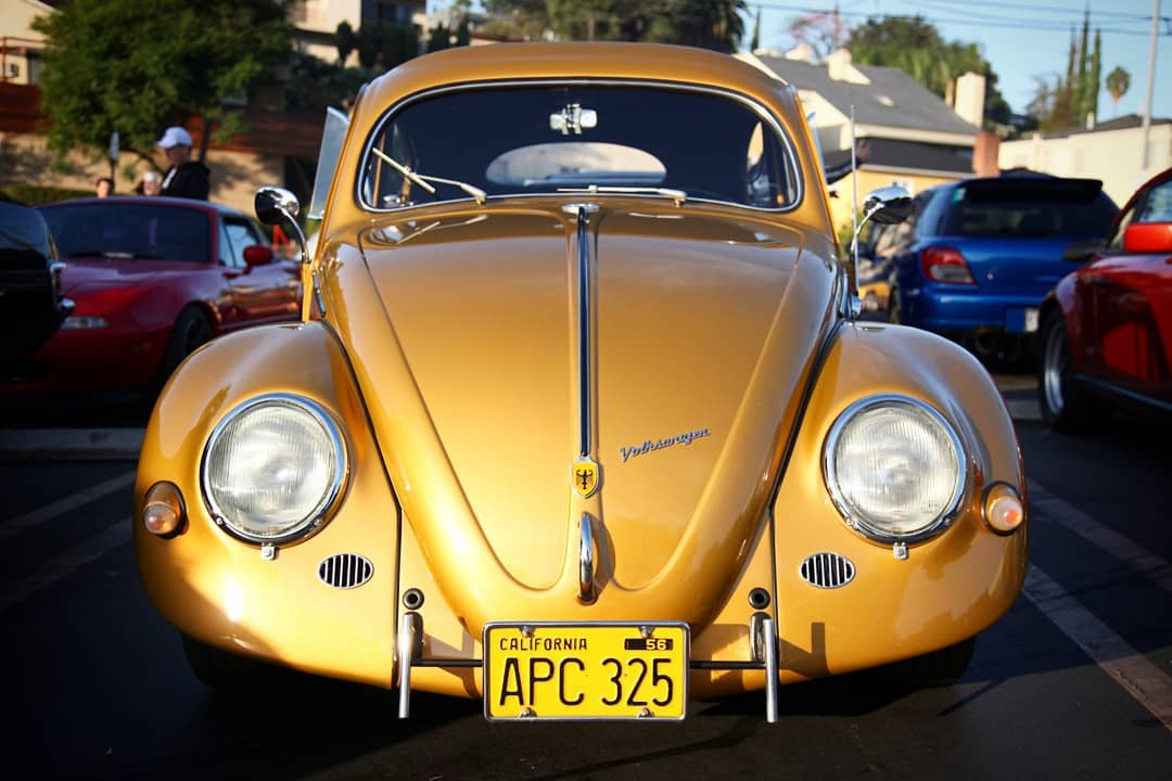 VW Käfer bei Cars And Coffee in Los Angeles